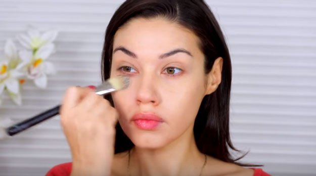 Tips & Tricks To Flawless Foundation Application   10-Minute Everyday Drugstore Makeup Tutorial, check it out at http://makeuptutorials.com/natural-drugstore-makeup-tutorial