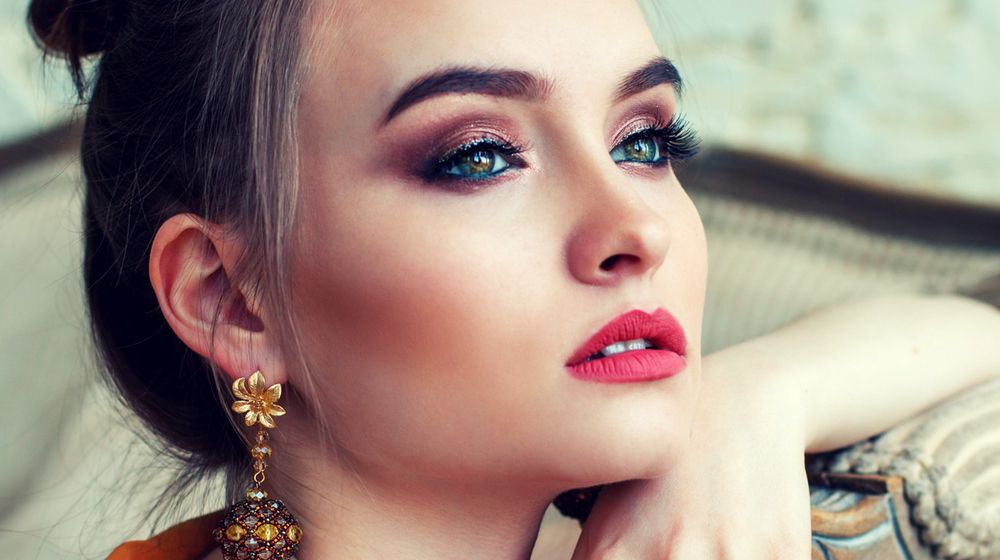 Feature | Lipstick Colors For Fair Skin That Will Give You A Porcelain Glow