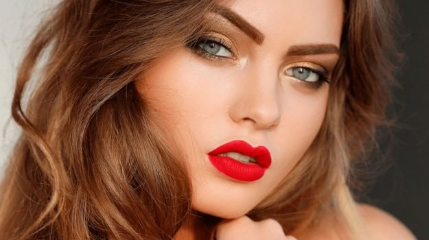 How to Apply Red Lipstick Perfectly | Makeup Tutorial