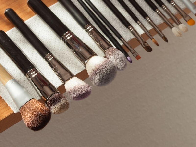 Air Drying Brushes | Effective DIY Makeup Brush Cleaner Using Available Household Products