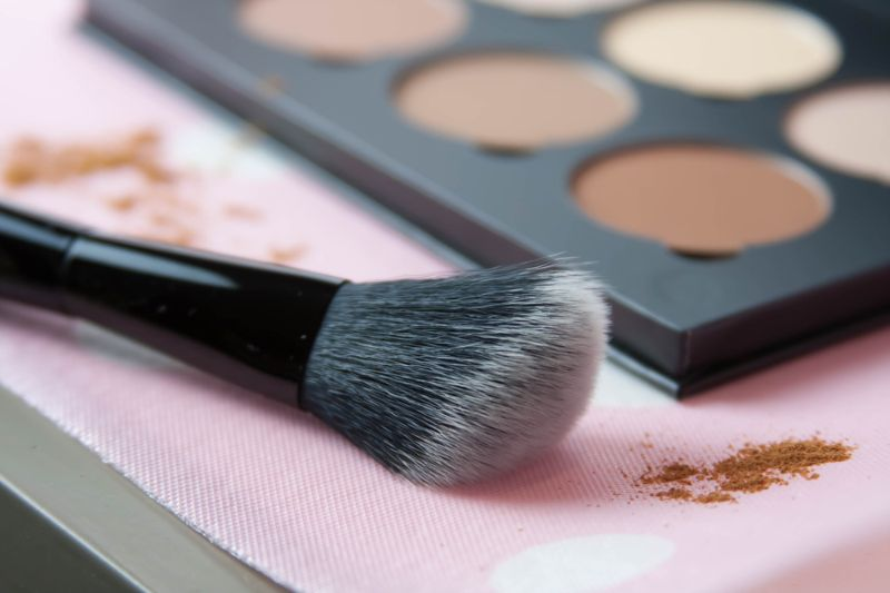 face-contour-powder-blush-kit-soft   Essential Face Brushes You Need In Your Makeup Arsenal   Best face brush